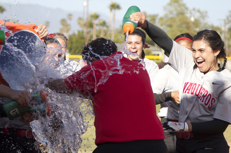 City College softball sweeps Moorpark on Sophomore Day