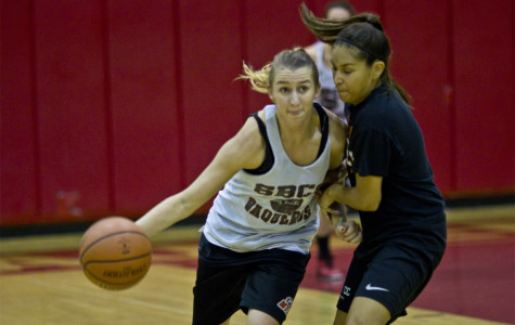 Women's basketball taking lessons from last season