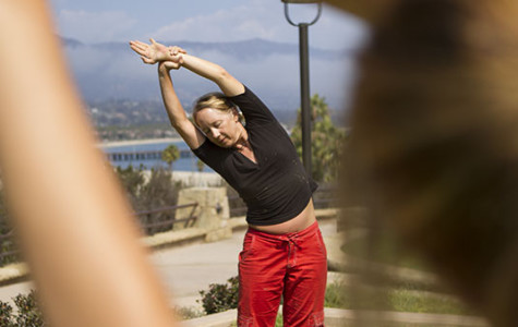 Students, faculty reduce stress with free yoga and meditation