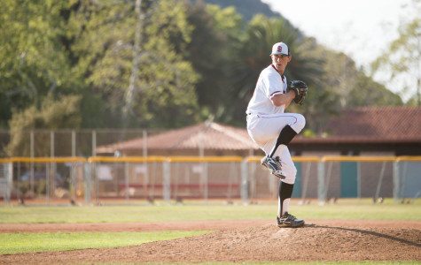 City College baseball wins tenth straight, remains undefeated