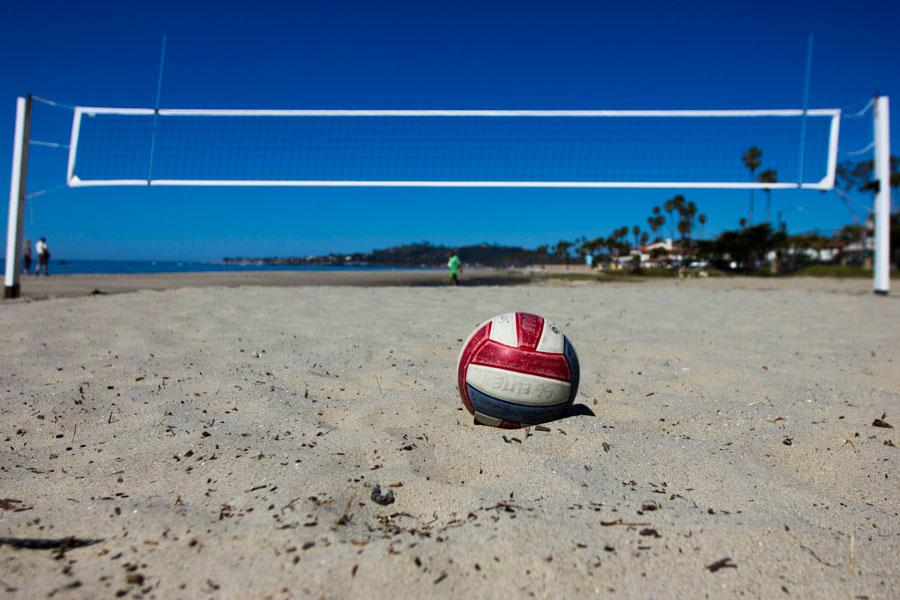 A+new+women%27s+beach+volleyball+team+has+been+added+to+the+City+Colleges+intercolligiate+sports+list+in+Santa+Barbara.+This+sport+will+being+at+the+beginning+of+the+spring+semester+2015.+