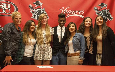 Eight athletes take next step in careers; sign letters of intent