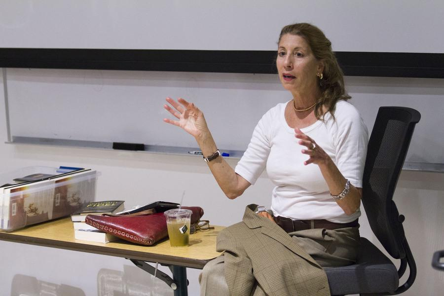 PEN USA award-winning journalist Ann Louise Bardach gives a lecture to City College student's in the Humanities Building Wednesday, Oct. 29. Bardach shared her journey and the secrets of being a successful journalist.