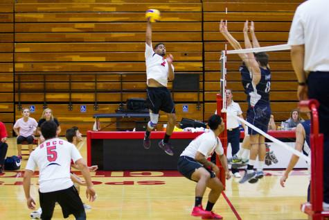 City College Outside Hitter Shaft Wesley (No. 7) returns the ball and scores a point during the fourth set, Wednesday, Feb. 11, in the Sports Pavilion at Santa Barbara City College. The Vaqueros won 3-2 against Irvine Valley College.