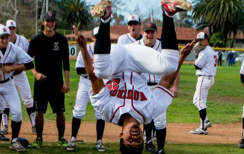 Men's baseball opens 2015 with three-game sweep against Napa