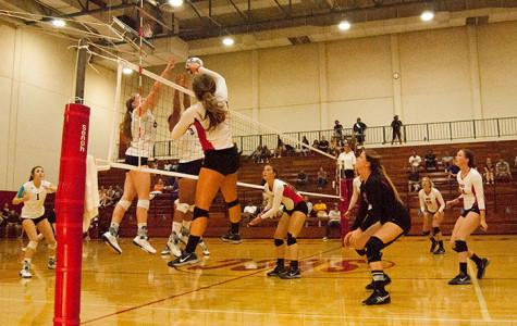 Womack's big fourth set leads Vaqueros volleyball over Canyons