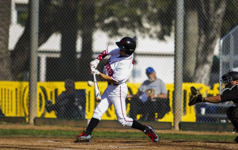 Vaqueros beat Moorpark Raiders 6-2, splitting two-game series