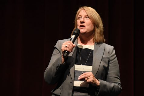 Dr. Jill Stearns speaks at the community forum on Monday, April 25, in the Garvin Theatre in Santa Barbara City College. Stearns is one of the four finalists for City College's President/Superintendent position.