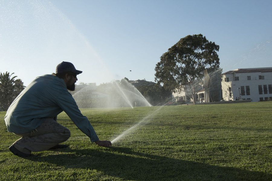 Mark+Broomfield%2C+ground+maintenance+supervisor+for+City+College%2C+demonstrates+the+daily+recycled-water+routine+on+Thursday%2C+Sept.+8%2C+on+the+West+Campus+lawn.+The+sprinklers+normally+go+off+on+a+timer+around+four+a.m.+before+students+arrive+for+their+classes.