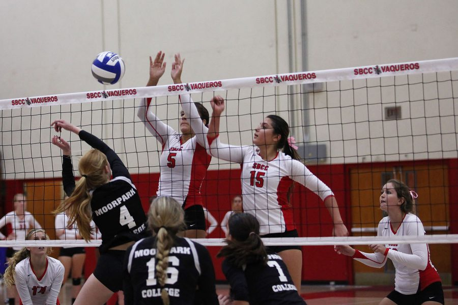 City College Sophomore Isabella Thompson (No.5) and Freshman Carolyn Andrulis (No.15) show a good defense against Moorpark College on Oct. 26, in the Sports Pavilion at City College. The Vaqueros won, 3-0.