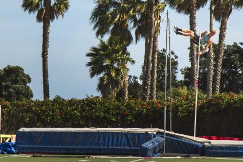 Pole Vaulter Chris Aichinger, practices on Monday, April 24, at La Playa Stadium. Aichinger is now No.7 in the pole vault state rankings.