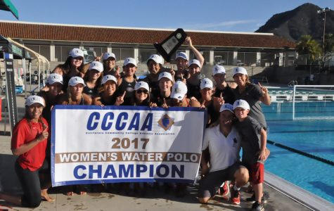 Image of the women's water polo team courtesy of Dave Loveton.
