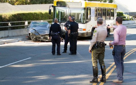 Bus accident causes one fatality and closure of lower Cliff Drive