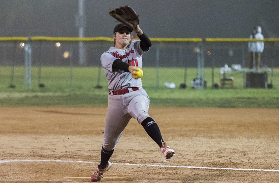 Calista+Wendell+pitched+a+complete+game+shutout%2C+allowing+only+2+hits+against+Orange+Coast+College+on+Friday%2C+Feb.+9+at+Pershing+park+in+Santa+Barbara.+Wendell+had+a+no-hitter+going+into+the+5th+inning.