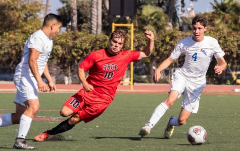 Christopher Robinson (10) cut through the Santa Maria defenders and continued down field towards the goal on Tuesday, Oct. 15, 2019, at La Playa Stadium at City College in Santa Barbara, Calif.