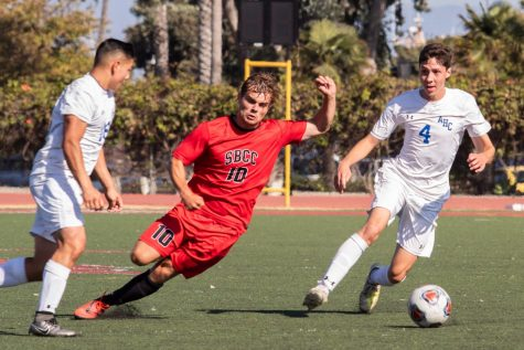 SBCC beats LA Pierce at home, win second conference match this year
