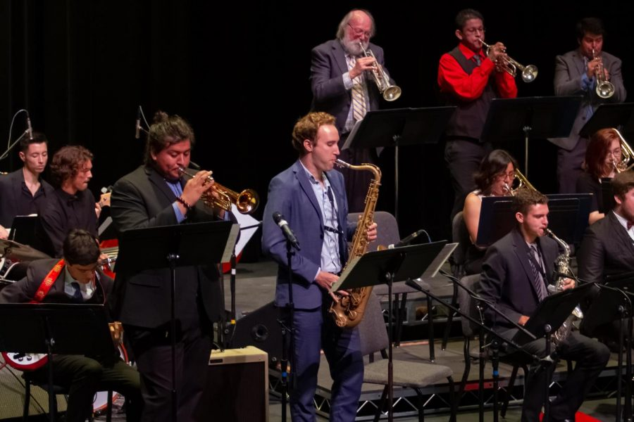 Kevin+Roman+on+the+trumpet+and+Matt+Krepky+on+the+saxophone+performing+a+duet+for+the+Good+Times+Big+Band+during+the+Jazz+Ensemble+Concert+on+Monday%2C+Nov.+18%2C+2019%2C+in+the+Garvin+Theatre+at+City+College+in+Santa+Barbara%2C+Calif.