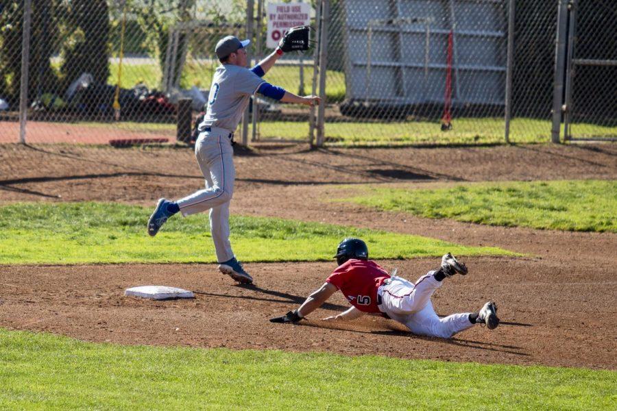 Brandon Lawrence (No.5) takes third base on Saturday, Jan. 25, 2020, at Pershing Park, City College in Santa Barbara, Calif.