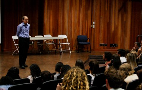 "Neuroscientist and Professor Daniel Siegel lectures over 150 City College students, faculty and community members about cultivating a healthy mind through the practice of ""mindsight"" on Friday, Feb. 28 in the Business Communications Center at City College in Santa Barbara, Calif."