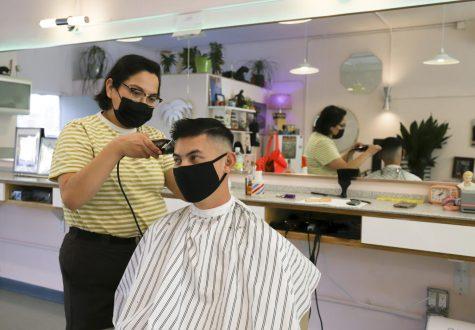 Erin Guereña trims up long-time returning client Tyler Silvestre