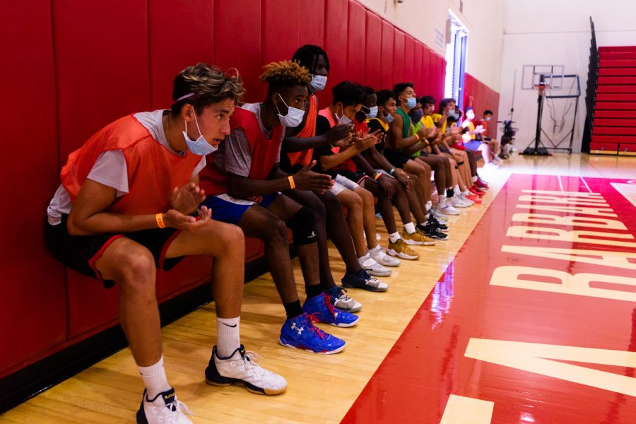 The 2021-2022 mens basketball team hold wall squats after running sprints during practice on Sept. 14 at City College in Santa Barbara, Calif. There are only two returning sophomores on the team this season.